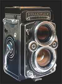 Typical Twin Lens reflex.