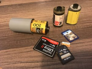Film canisters with memory cards